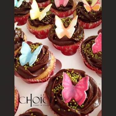 Cupcakes με topper πεταλούδα